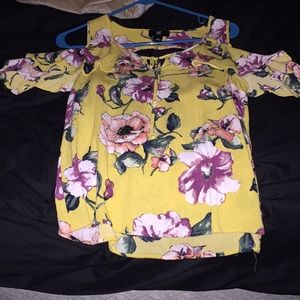 A yellow flower tied shirt